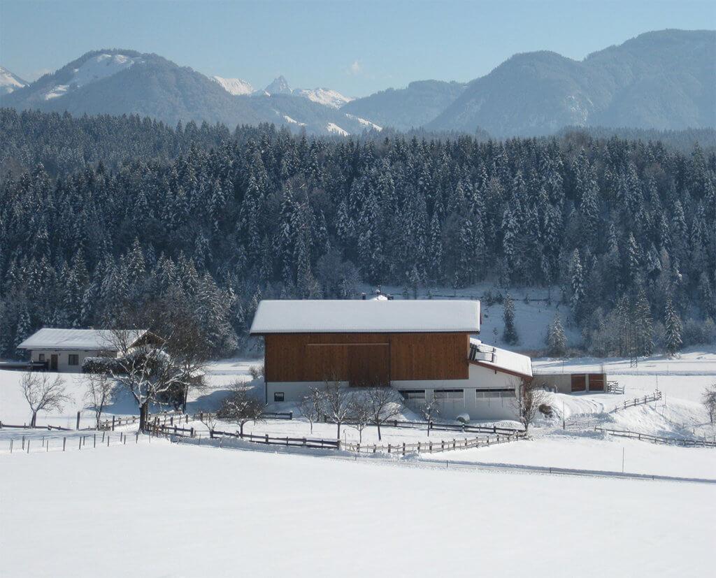 Rückansicht vom Hagerhof mit Blick zur Skiwelt Wilder Kaiser Brixental.